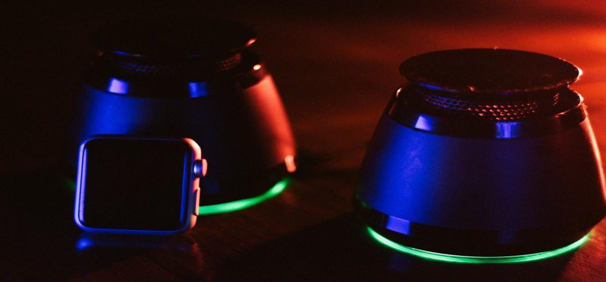 Głośnik przenośny – jaki głośnik Bluetooth kupić? Wybieramy najlepszy głośnik bezprzewodowy
