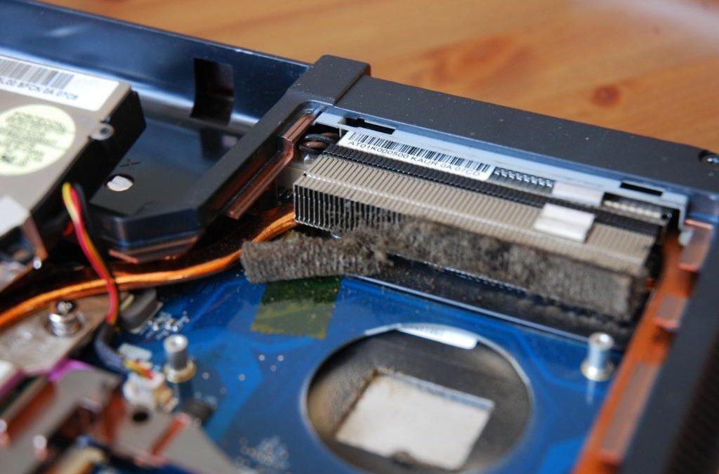 Sprężone powietrze – czym jest? Wybieramy najlepsze sprężone powietrze do czyszczenia komputera i laptopa