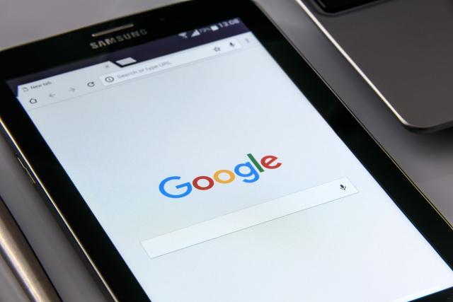 Klawiatura do tabletu – jaką kupić? Wybieramy najlepsze klawiatury do tabletu, oraz etui z klawiaturą do tabletu
